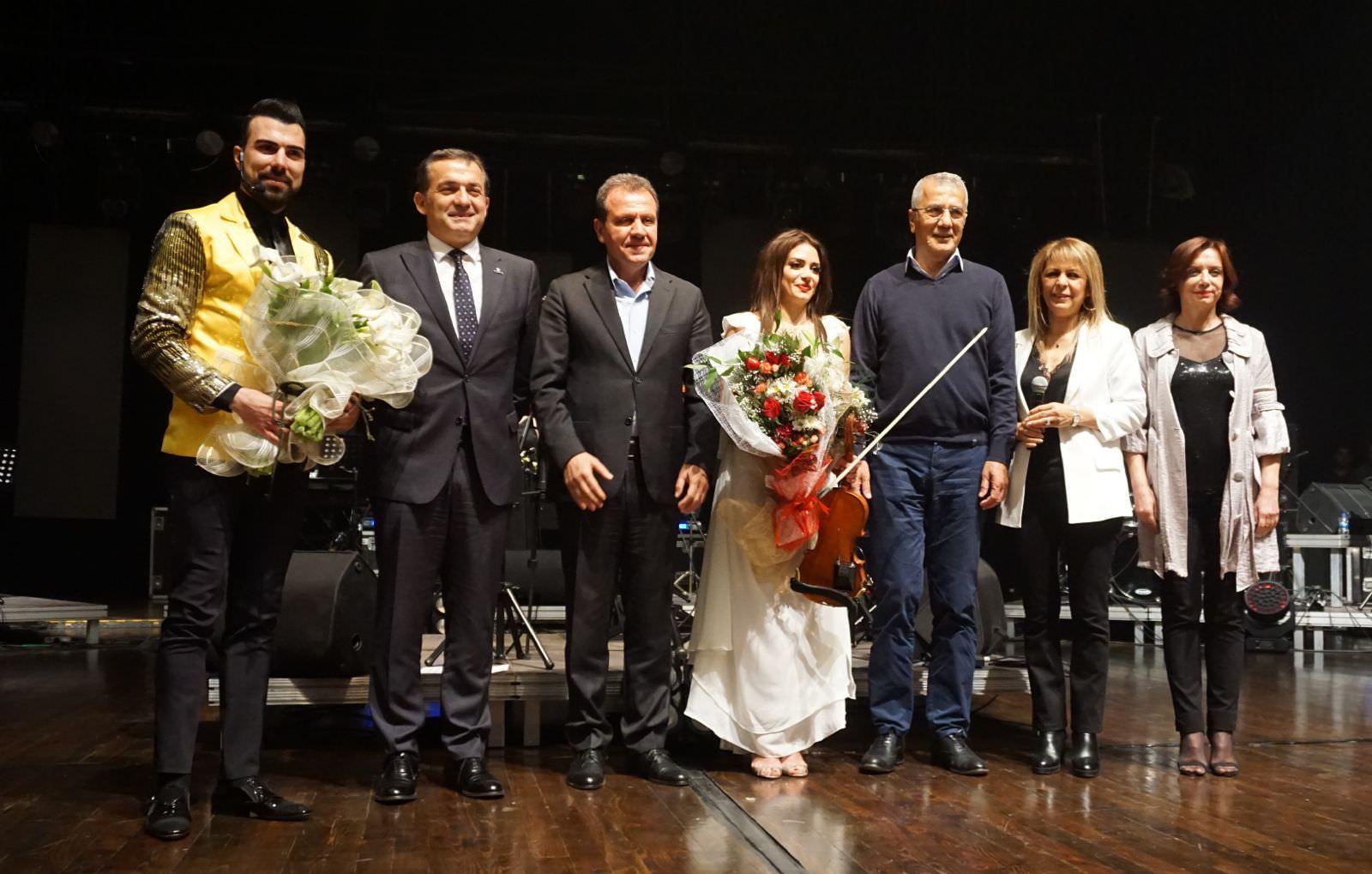 Hanine Al Alam ve kanun virtüözü Ahmet Baran