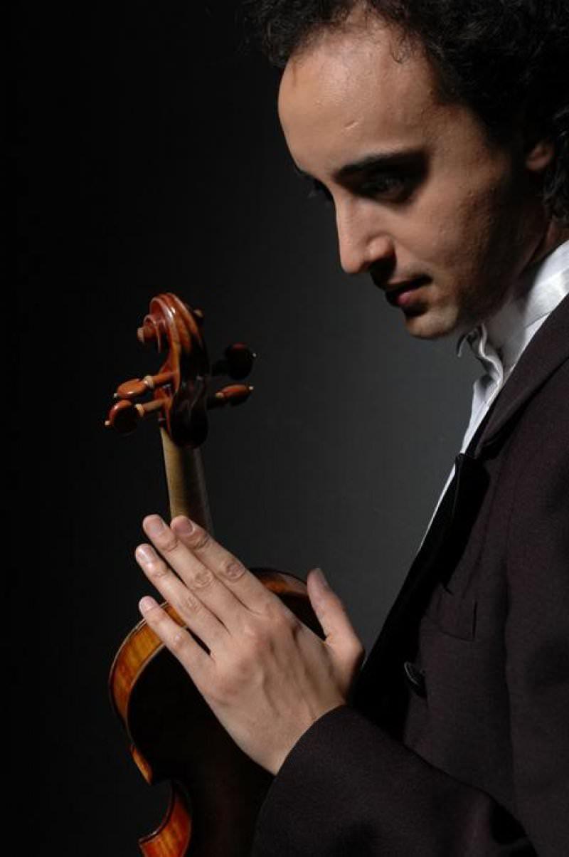 Mario Hossen & MeÜ Akademik Orkestrası