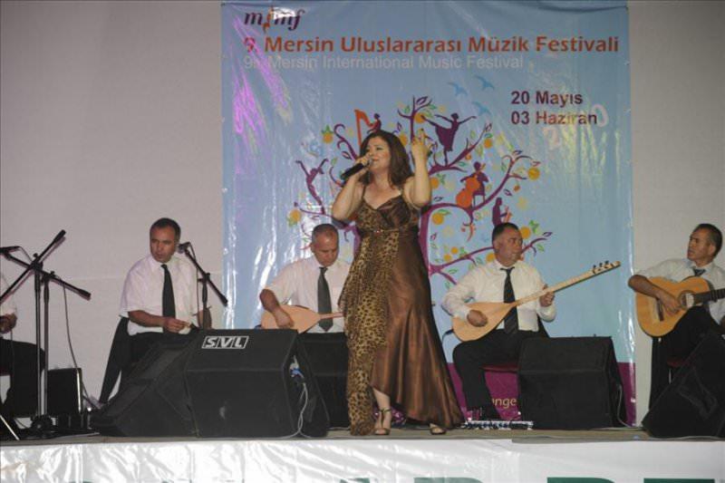Mersin Müzik Festivali'nde Halk Müziğine 4 Bin Kişilik Koro Eşlik Etti