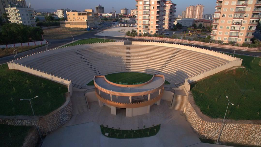 Toroslar Belediyesi Amfi Tiyatro