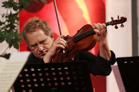 12. Mersin Uluslararası Müzik Festivali İsrailli Ünlü Kemancı Shlomo MINTZ'in Konseri İle Başlıyor