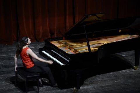 Bir Klasik Müzik Elçisi Olga Scheps Mersin'de Konser Verdi