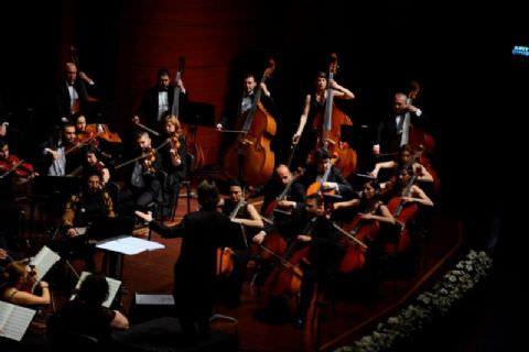 İstanbul Senfonisi (Beste: Fazıl Say)