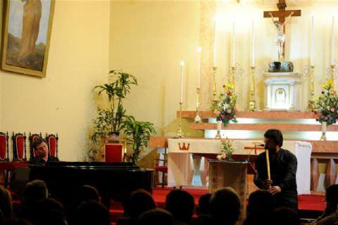 Kilisede Önce Bir Kuartet Sonra Bir Duo