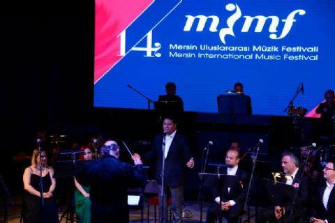 Kubat ve Folklorama, Mersin Festival Orkestrası