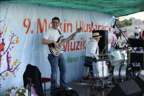 Mersin'de Notalar Kanlıdivane'de Yankılandı