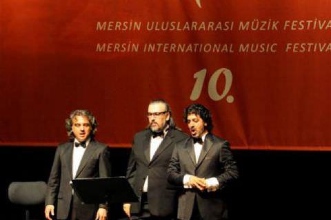 Operanın Eğlenceli Dünyası Mersinlileri Büyüledi