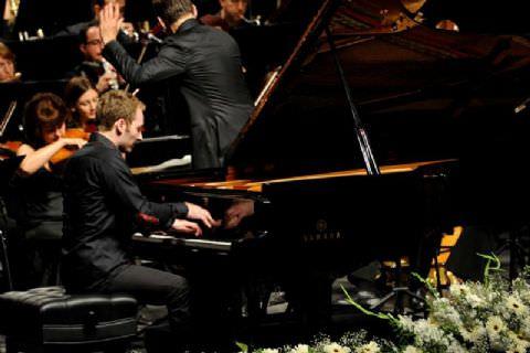 Piyanonun Yükselen Yıldızı Nikolai Tokarev Mersin'de Parladı